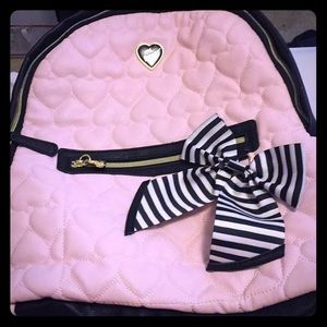 ‼️CHECK THIS OUT ‼️Betsey Johnson backpack 🎒